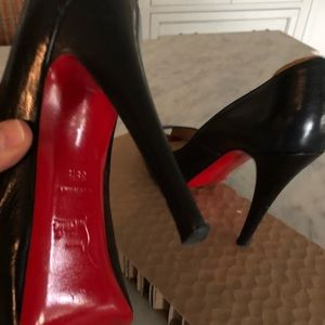 Christian Louboutin Very Prive Black Peep toe